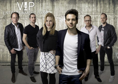 VIP ENTERTAINMENT BAND